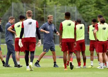 MUNICH, GERMANY - JULY 27:  (THE SUN OUT, THE SUN ON SUNDAY OUT) Jurgen Klopp manager of Liverpool during a training session at Rottach-Egern on July 27, 2017 in Munich, Germany.  (Photo by Andrew Powell/Liverpool FC via Getty Images)